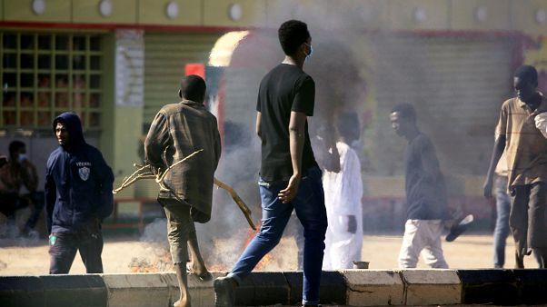 الصادق المهدي: النظام السوداني الحاكم يجب أن يرحل