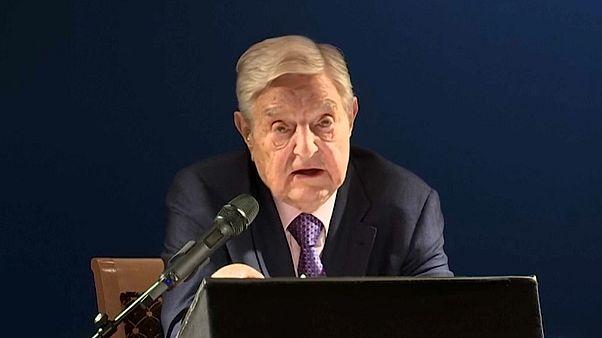 "Soros in Davos: China übertrifft ""1984"""