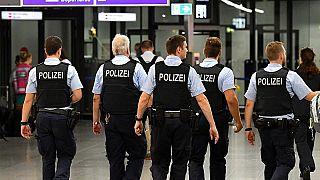 ألمانيا: الشرطة تعلن انتهاء الخطر بعد تهديد بوجود قنبلة على متن قطار