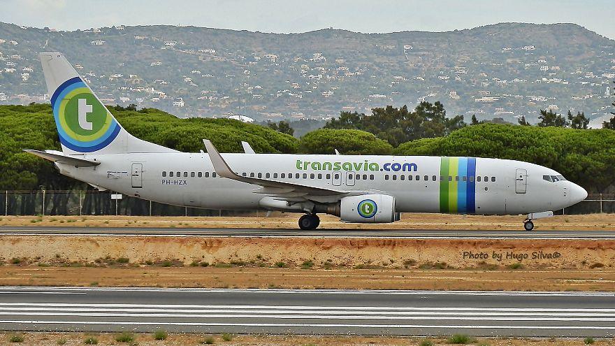 Boeing 737-800 PH-HZX