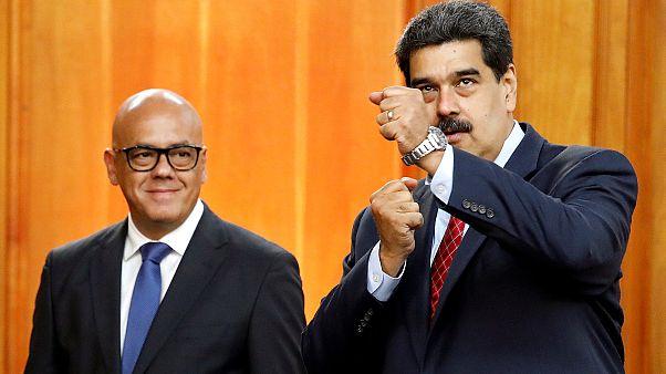 فنزويلا: مادورو يعلن استعداده لقاء زعيم المعارضة والأخير يرفض