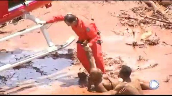 Κατάρρευση φράγματος σε μεταλλωρυχείο - Νεκροί και αγνοούμενοι