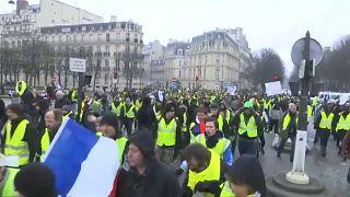 Gelbe Westen erneut auf Frankreichs Straßen