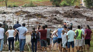 Çöken barajda kayıp sayısı 250: 'Bu saatten sonra hayatta kalan birilerini bulmak çok zor'