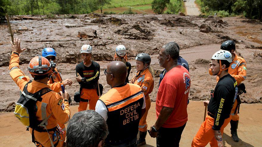 Zweiter Dammbruch befürchtet: Suche vorerst eingestellt