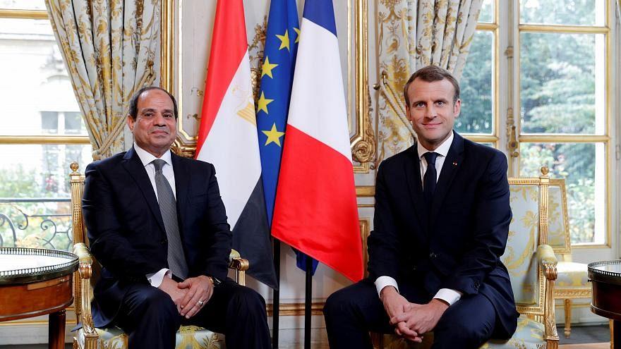 الرئيسان الفرنسي إيمانويل ماكرون ونظيره المصري عبدة الفتاح السيسي في باريس