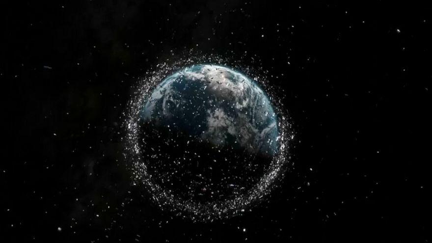 خطر خردهزبالههای فضایی برای آینده اکتشافات کیهانی چیست؟