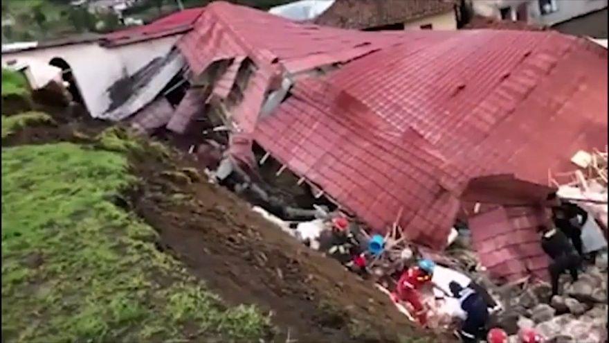 انهيار أرضي في بيرو