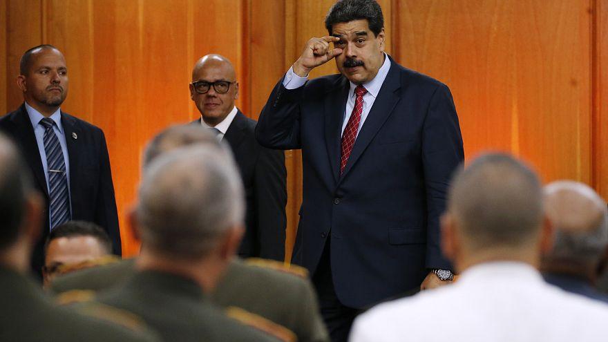 رئيس فنزويلا يندد بمهلة الدعوة لانتخابات ويعبر عن استعداده للحوار