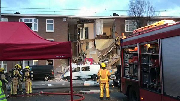 Взрыв в Гааге: обрушился фасад жилого дома