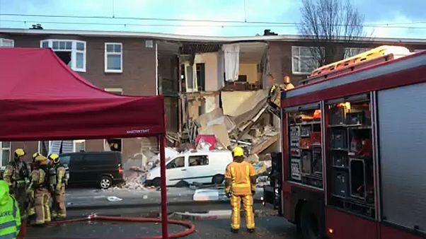 Ισχυρότατη έκρηξη στη Χάγη - Κατέρρευσε κτίριο