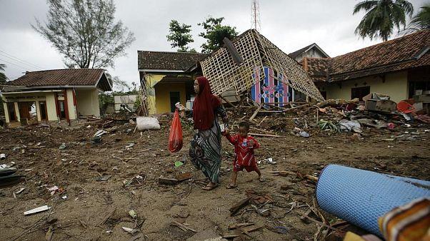 Endonezya'da dang humması 100'den fazla can aldı