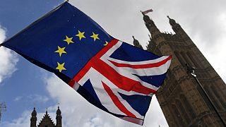 İngiliz medyası: Başbakan May anlaşmasız Brexit kozunu AB'ye karşı kullanmayı planlıyor