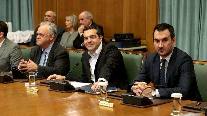 Grecia: addio austerity, Tsipras aumenta i salari minimi a 650 euro