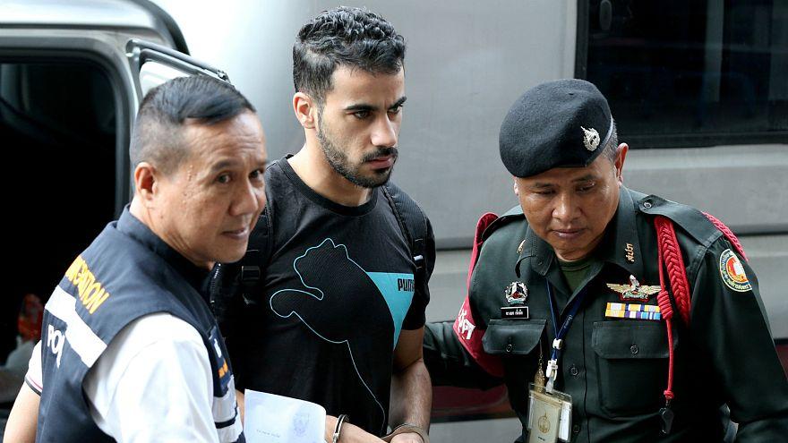 تايلاند تستعد لترحيل لاعب كرة قدم بحريني معارض لحكم الملك حمد