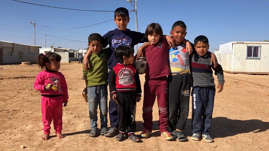 Gyerekek, akiknek otthonuk lett a tábor