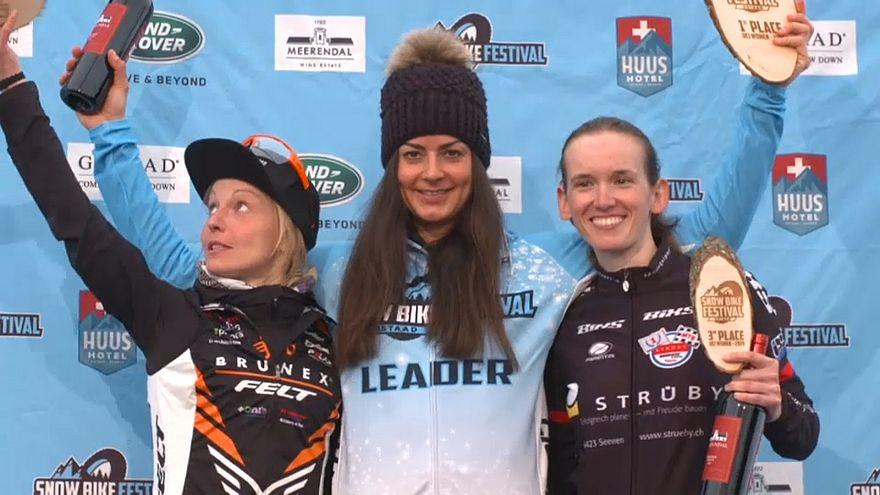 Snowbiken in Gstaad: Nadine Rieder im 2. Anlauf obenauf