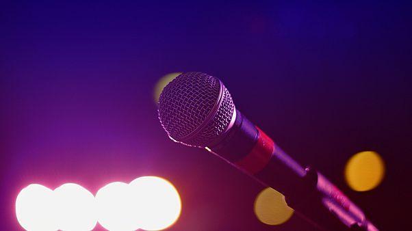Stöhnen statt singen: Olivia Jones eröffnet erste deutsche Porno-Karaoke-Bar in Hamburg