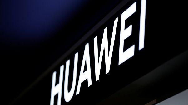 Amerikai vádemelési javaslat a Huawei ellen