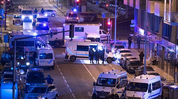 الشرطة الفرنسية تعتقل 5 مشتبه بهم في اعتداء ستراسبورغ