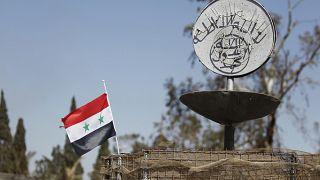 داعش يضرب مجدداً في سوريا ويهاجم قوة مدعومة أمريكياً قرب حقل نفطي