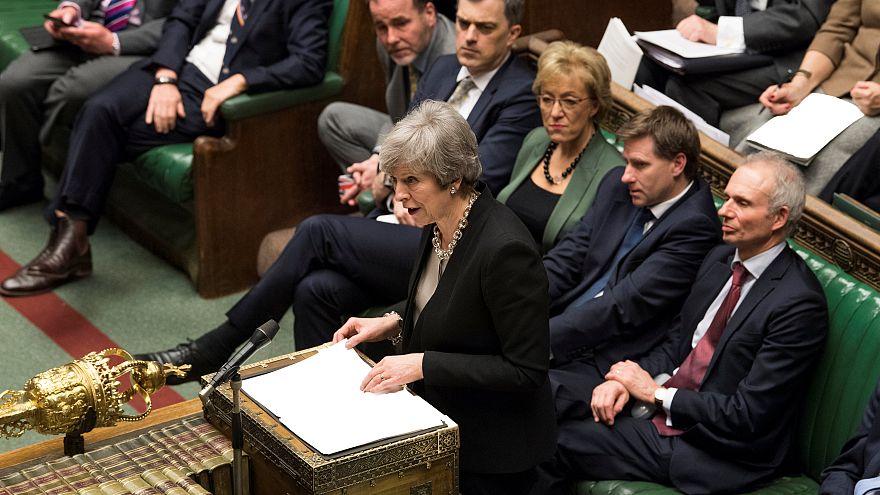 'Anlaşmasız Brexit' istemeyen İngiliz Parlamentosu'ndan yeniden müzakere teklifi