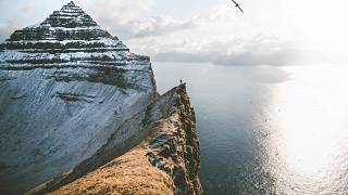 Behind the lens of Roman Königshofer's outdoor photography