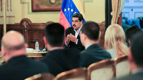 Venezuela : Nicolas Maduro souffle le chaud et le froid