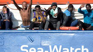 47 göçmen için beş ülkeden İtalya'ya yardım teklifi