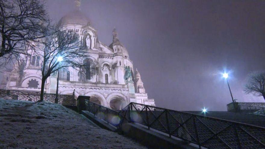 Париж в снежном плену