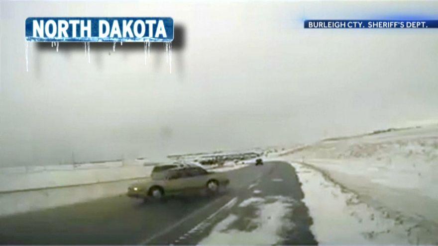 شاهد: الدوامة القطبية تغلف الغرب الأوسط الأمريكي بالثلج والبرد