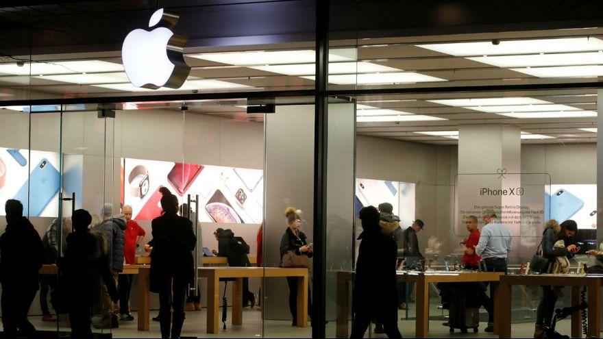 اپل قیمت گوشیهای آیفون را کاهش میدهد