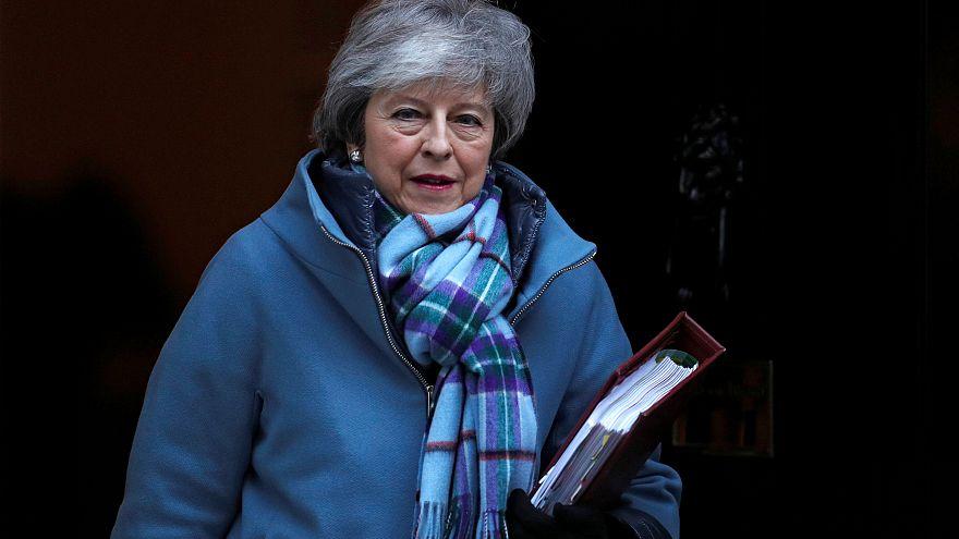 Theresa May risponde alla Camera prima di tornare a Bruxelles