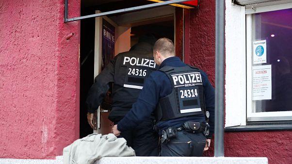 Almanya'da deneme amaçlı patlama testi yapan 3 Iraklı şüpheli yakalandı
