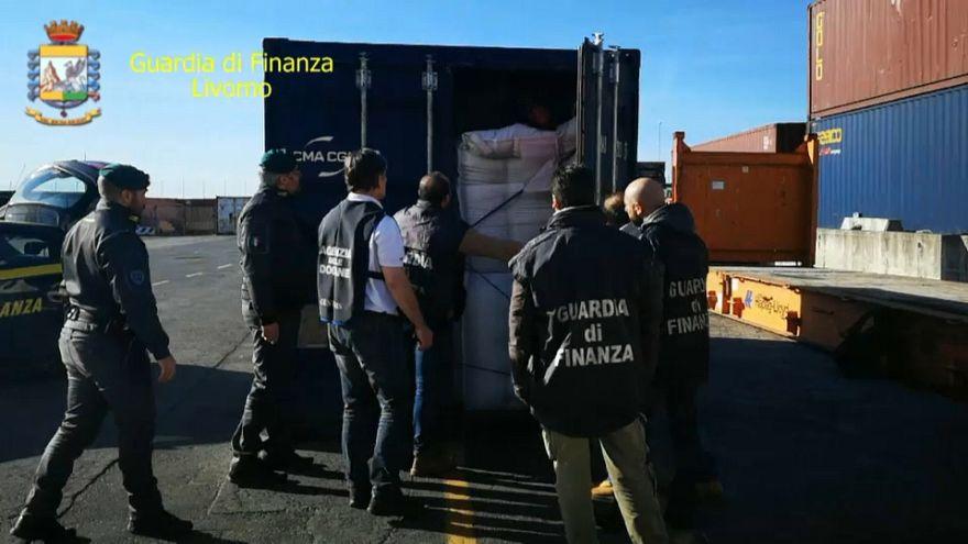 Maxi sequestro di cocaina al porto di Livorno