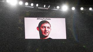 Francia: ritrovati su una spiaggia pezzi dell'aereo del calciatore Emiliano Sala