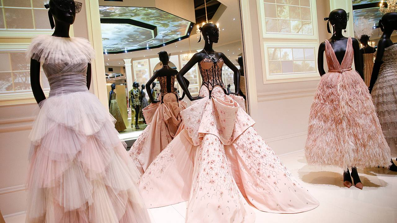 95fa58a6f8b07 Christian Dior exhibition opens in London