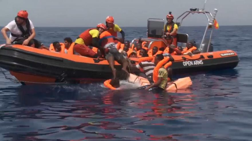 Fewer migrants and refugees crossing the Mediterranean in 2018: UNHCR report
