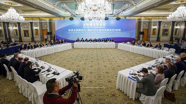 قدرتهای هستهای جهان در چین چه میکنند؟