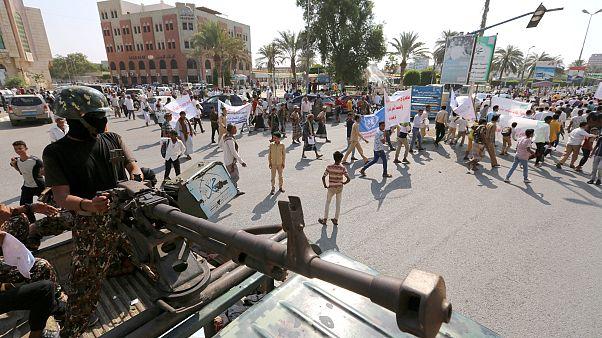 الطرفان المتحاربان في اليمن لم يسحبا قواتهما من ميناء الحديدة