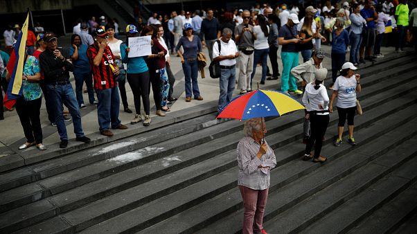 Oposição nas ruas da Venezuela contra Maduro