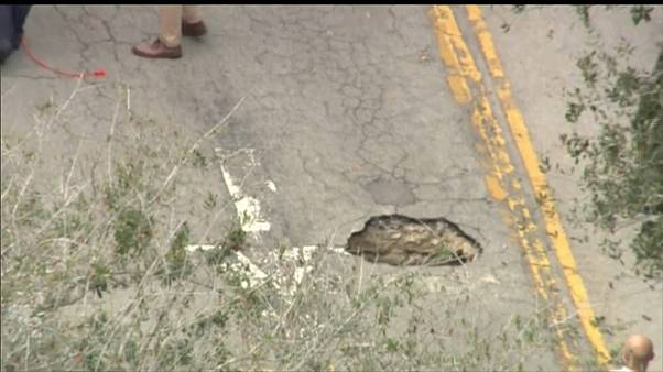 Video : ABD'de banka yakınında 45 metrelik tünel ortaya çıktı