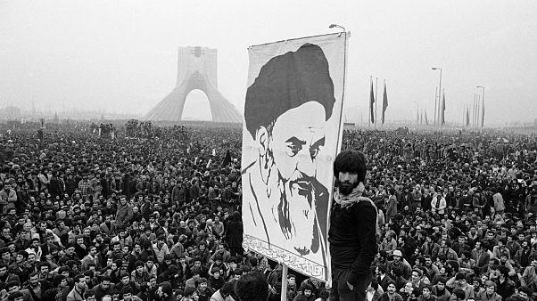 روایتی از بحران چهل سالگی یک انقلاب