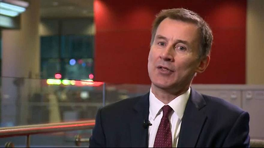 British Foreign Secretary Jeremy Hunt urges the EU to consider sanctions against Venezuela
