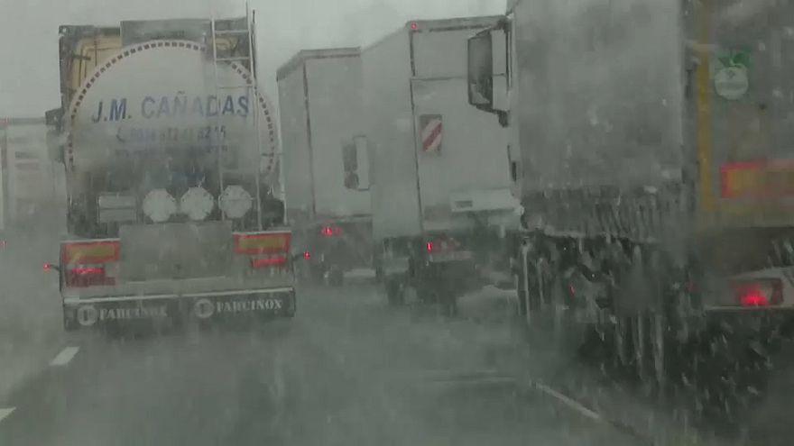 Schnee im Rheinland: Da ging nicht mehr viel
