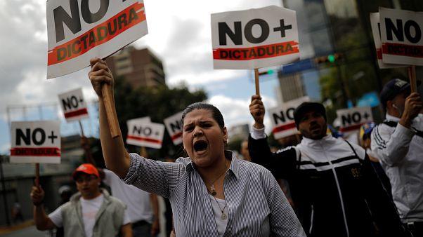 """Carlos Malamud, investigador de Elcano: """"No creo que vaya a haber una guerra civil en Venezuela"""""""