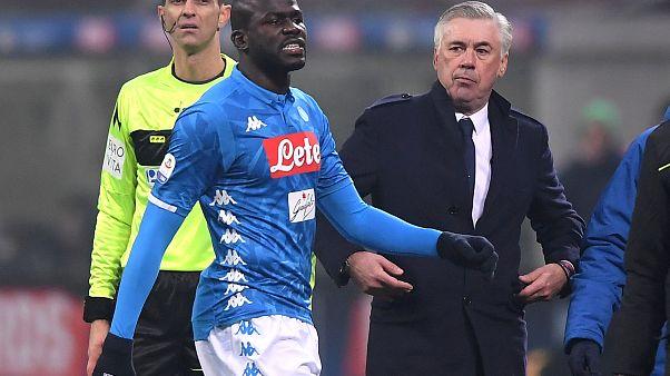 Италия накажет расизм в футболе