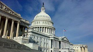 لماذا سترتدي عضوات الكونغرس الزي الأبيض يوم خطاب ترامب حول حالة الاتحاد ؟