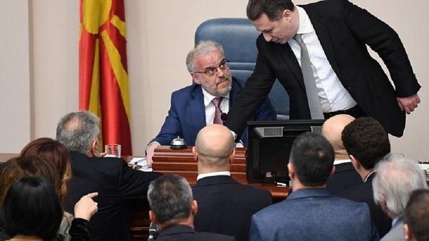 Βουλή ΠΓΔΜ: Πρώτη φορά στα αλβανικά