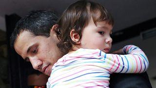Guaidó denuncia tentativas de intimidação da polícia